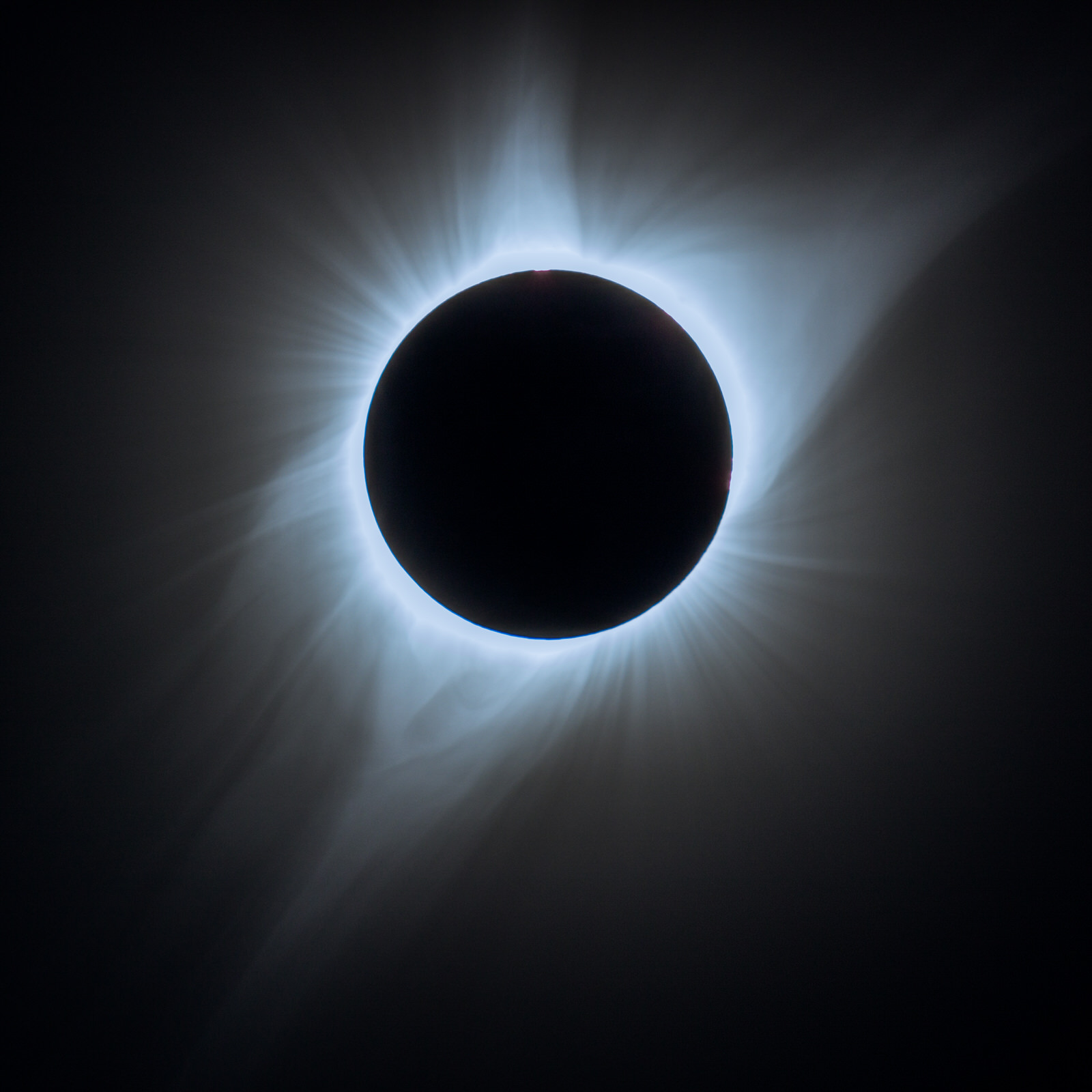 Corona around the Great Solar Eclipse of 2017
