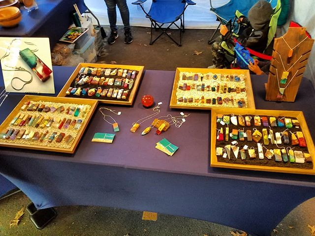 At the Saturday market in Portland  #jamesparkerdesigns #jewelry #woodworking #resinart #resin #fashion #pendant #art #stabilizing #designer #handmade #craftsman #beautiful #burl #necklace #smallbusiness #new #news #pdxsatmkt #giftideas #gift #finejewelry #drama #loveit #thoughts