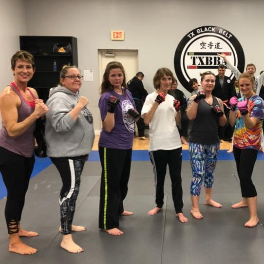 Kickboxing / MMA - Burn Fat, Build Muscle, and Reach Your Goals With Frisco's Favorite Cardio Kickboxing Classes.