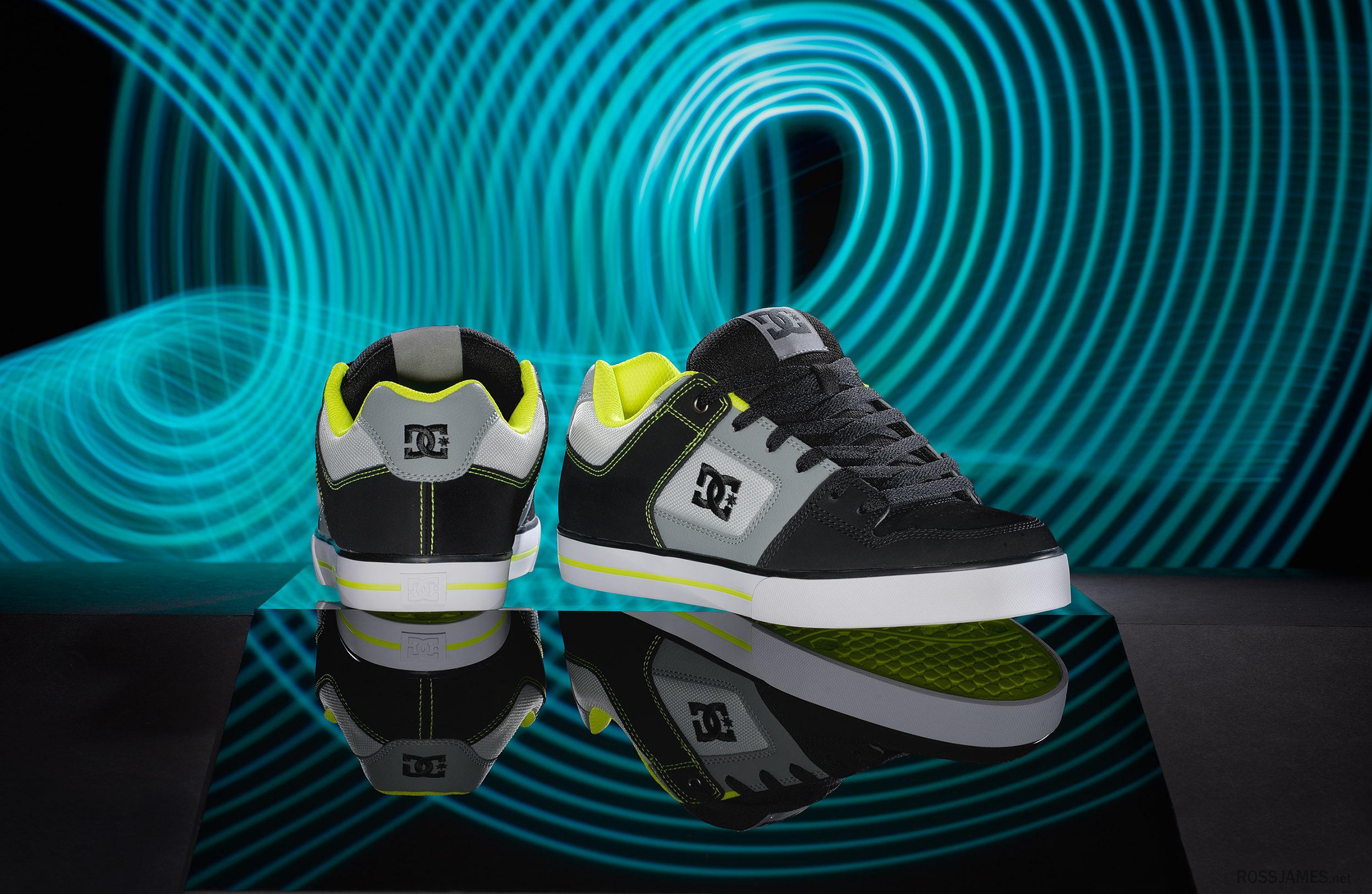 DCshoes V2 2500.jpg