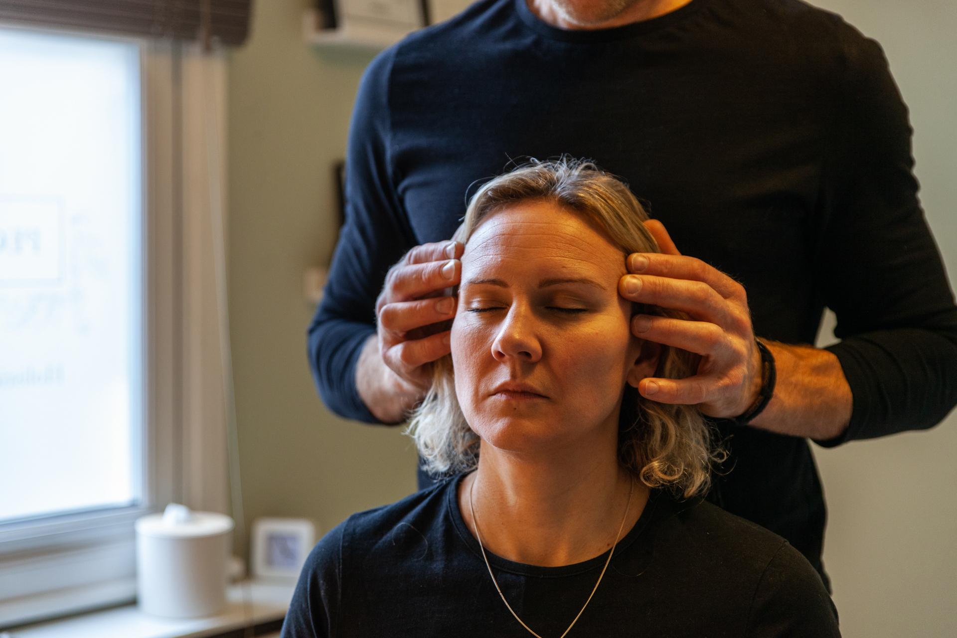 Peckham Therapies Indian Head Massage SE15-35.jpg