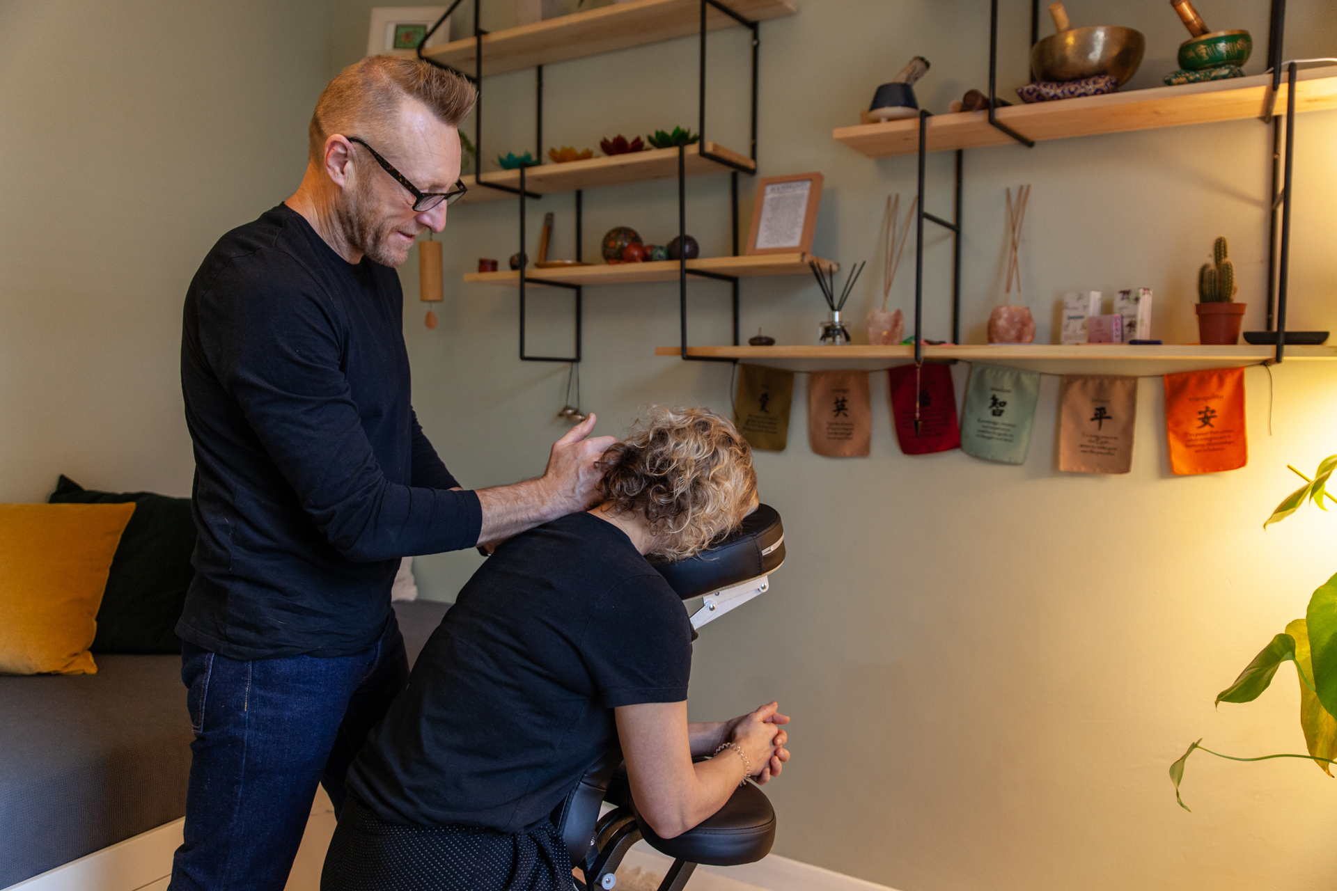 Peckham Therapies Back Neck & Shoulders Massage SE15-30.jpg