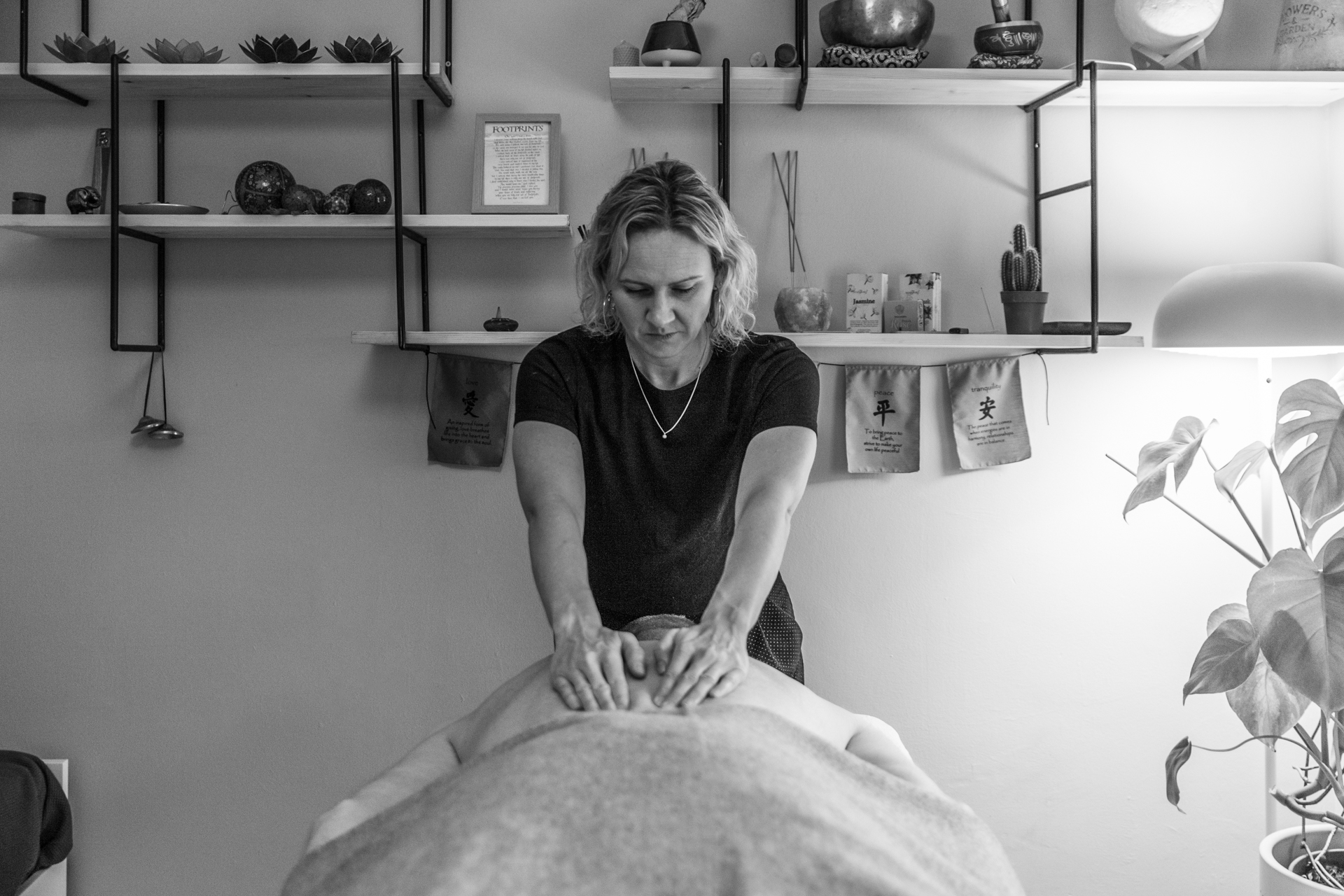 Peckham Therapies Swedish Massage SE15-18.jpg