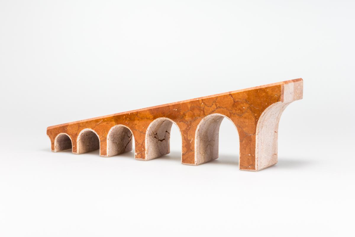 oggetti di design in marmo.jpg