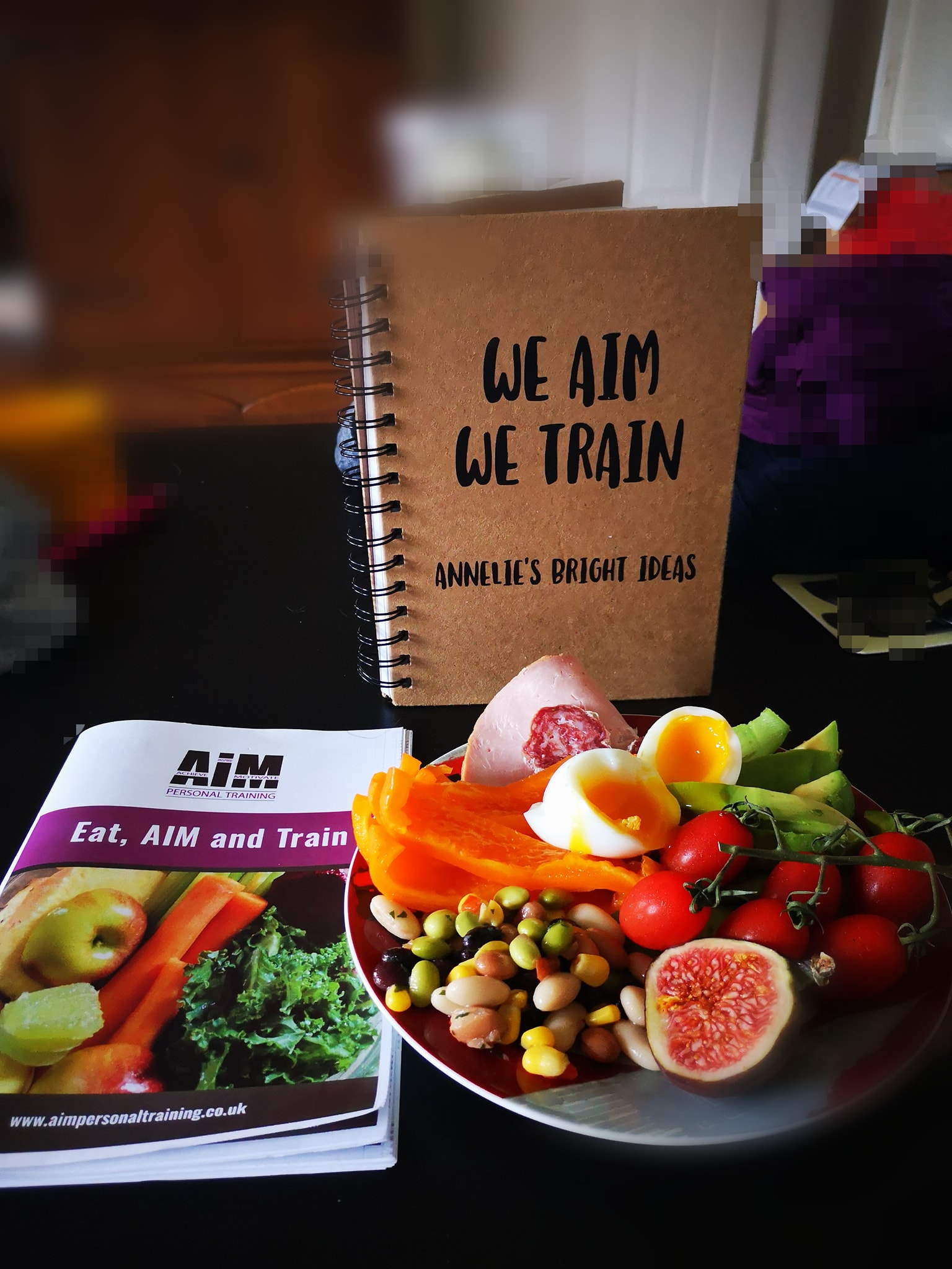Using my amazing recipe books we can tailor a meal plan that will suit your needs. Macro nutrient & calorie breakdown in each recipe, with delicious options to chose from.