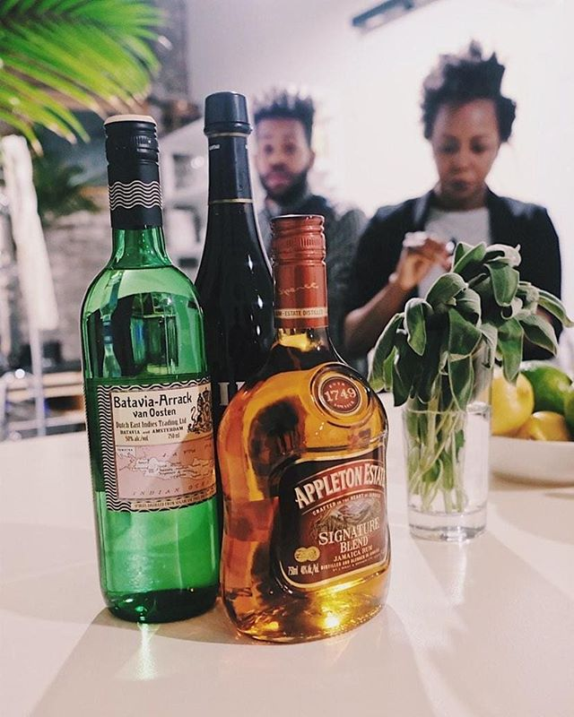 Before the cocktail, there was punch. Here I am teaching a punch class for @sohohouse (actually, I'm just taking the wrapper off a bottle.). 📸: @tpgent ° ° ° ° ° ° ° ° ° ° ° ° ° #holysip #appletonrum #rum #punch #bataviaarrack #foodwinewomen #foodandbeverage #abmhappyhour #drinksofinstagram #drinktheworld #5oclocksomewhere #weloveatl