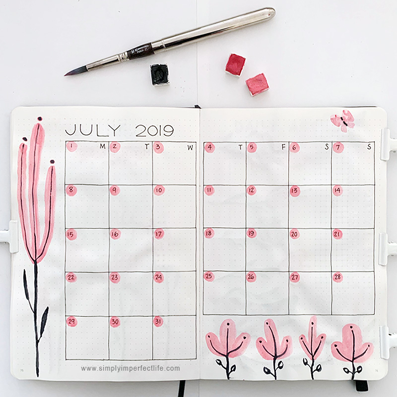 July bullet planner monthly spread by Mariana at www.simplyimperfectlife.com
