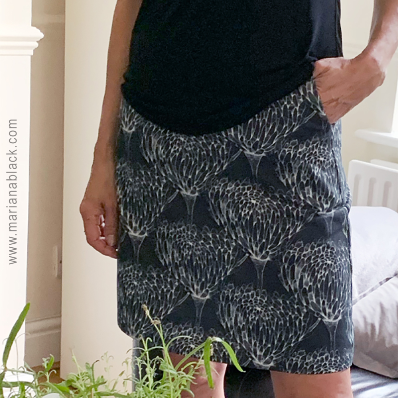 Chrysanthemum-Crowd-skirt-by-MarianaBlack.jpg