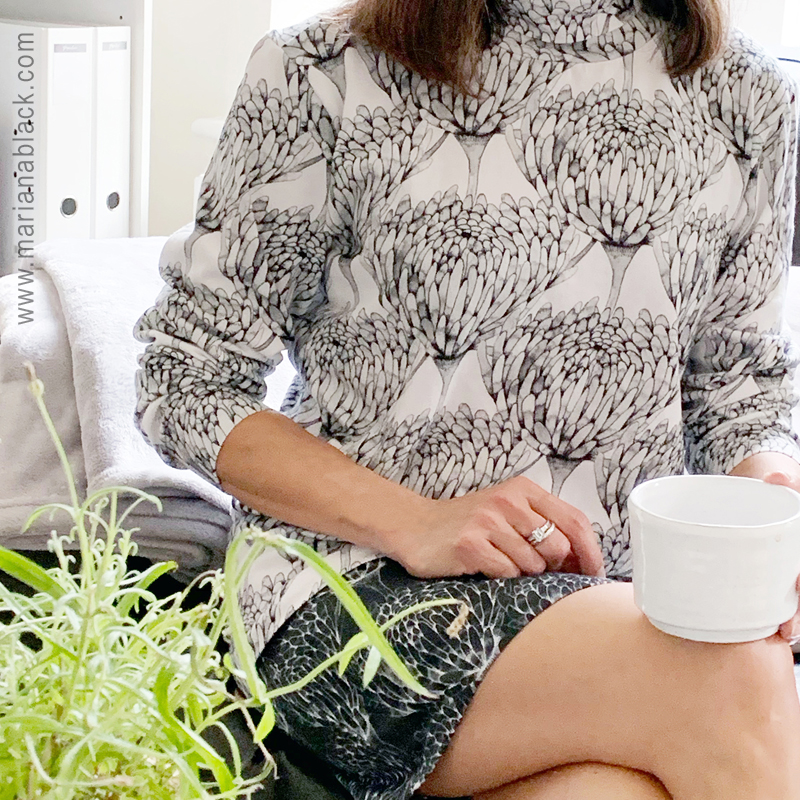 Chrysanthemum-Crowd-Polo-by-MarianaBlack.jpg