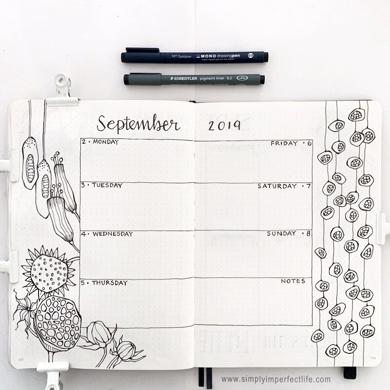 September 2019 bullet journal week 1 spread by Mariana at  www.simplyimperfectlife.com