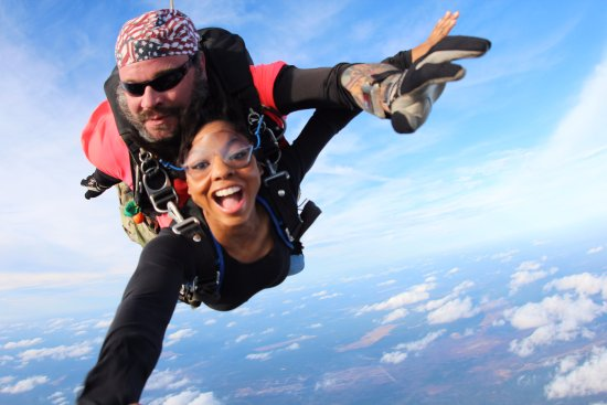 tandem-skydiving-student.jpg