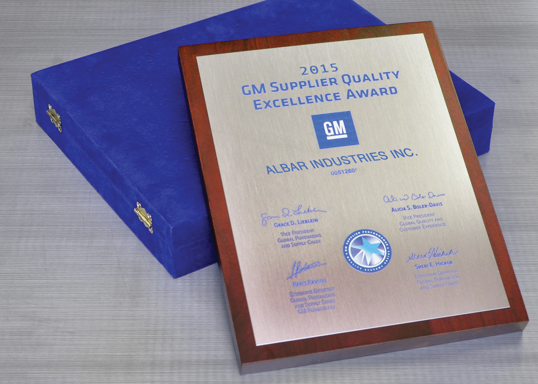 GM-Supplier-Excellence-Award-high1.jpg