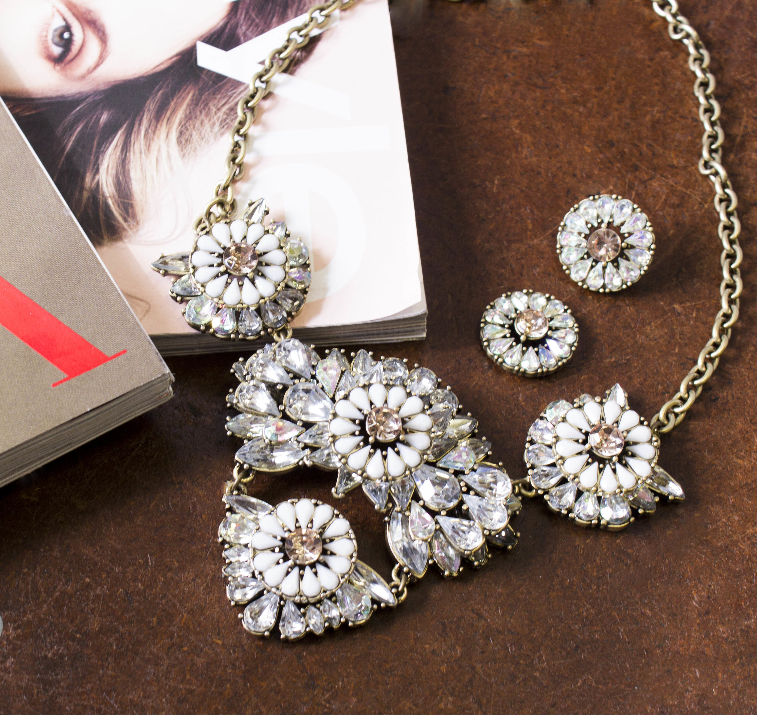 fashion-necklace-photography.jpg