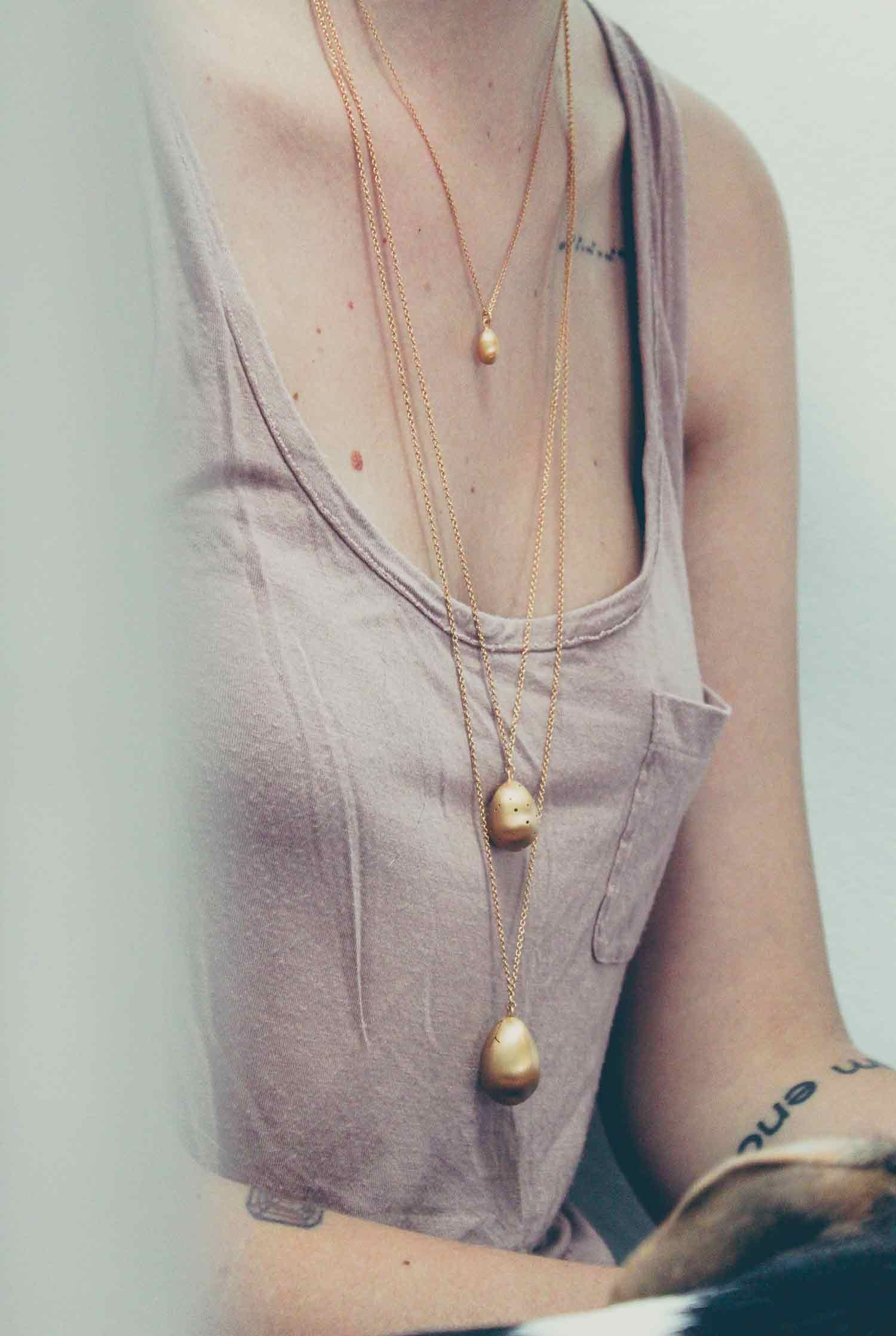 hannah-blount-jewelry-photography4.jpg