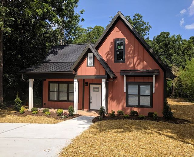 Our 1st Modern Farmhouse just passed final inspections today and will hit the market soon!  #sigmonbridwell #SLH #smallluxuryhomes #smallluxuryhome
