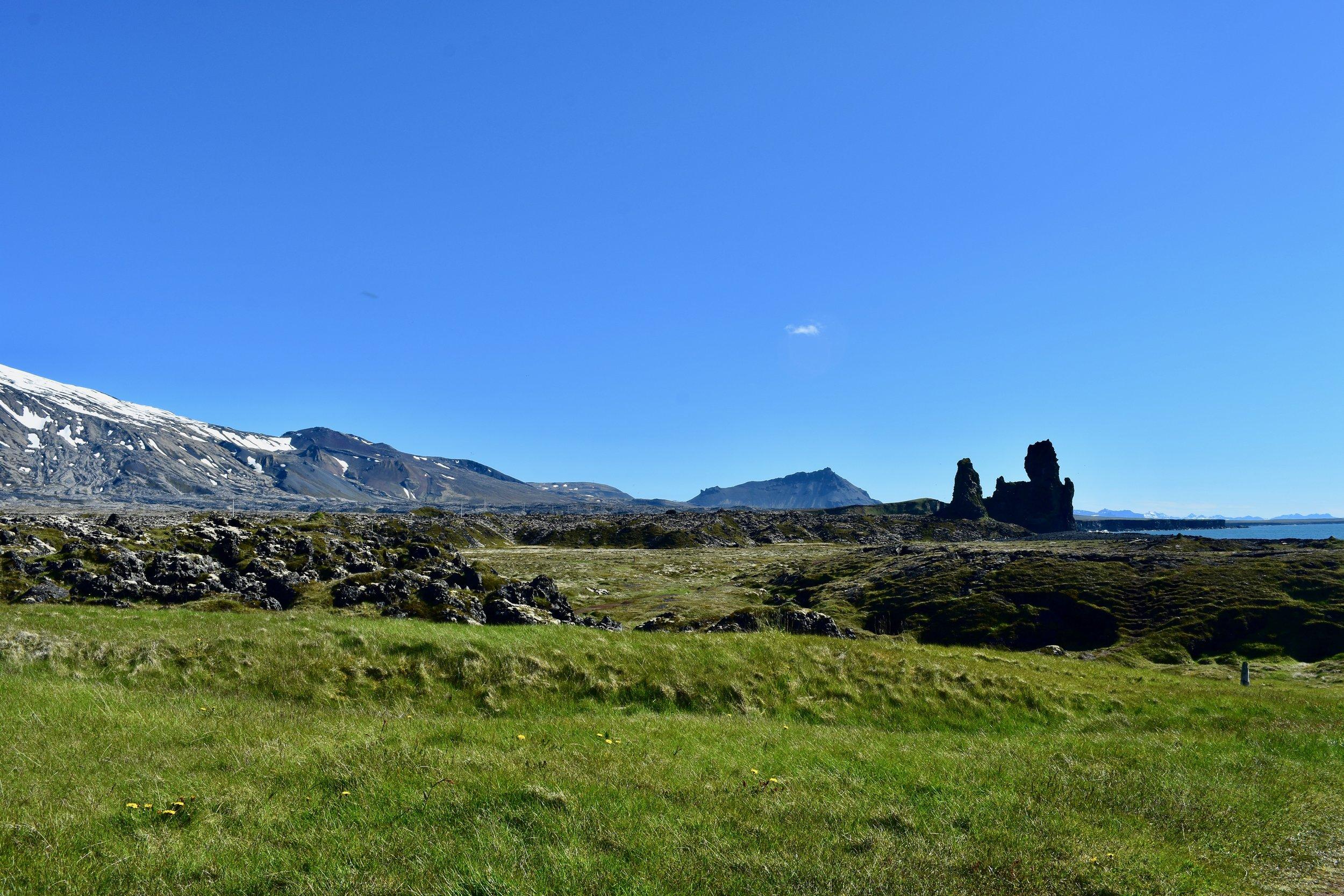 LÓNDRANGAR CLIFFS on Snæfellsnes Peninsula, Iceland