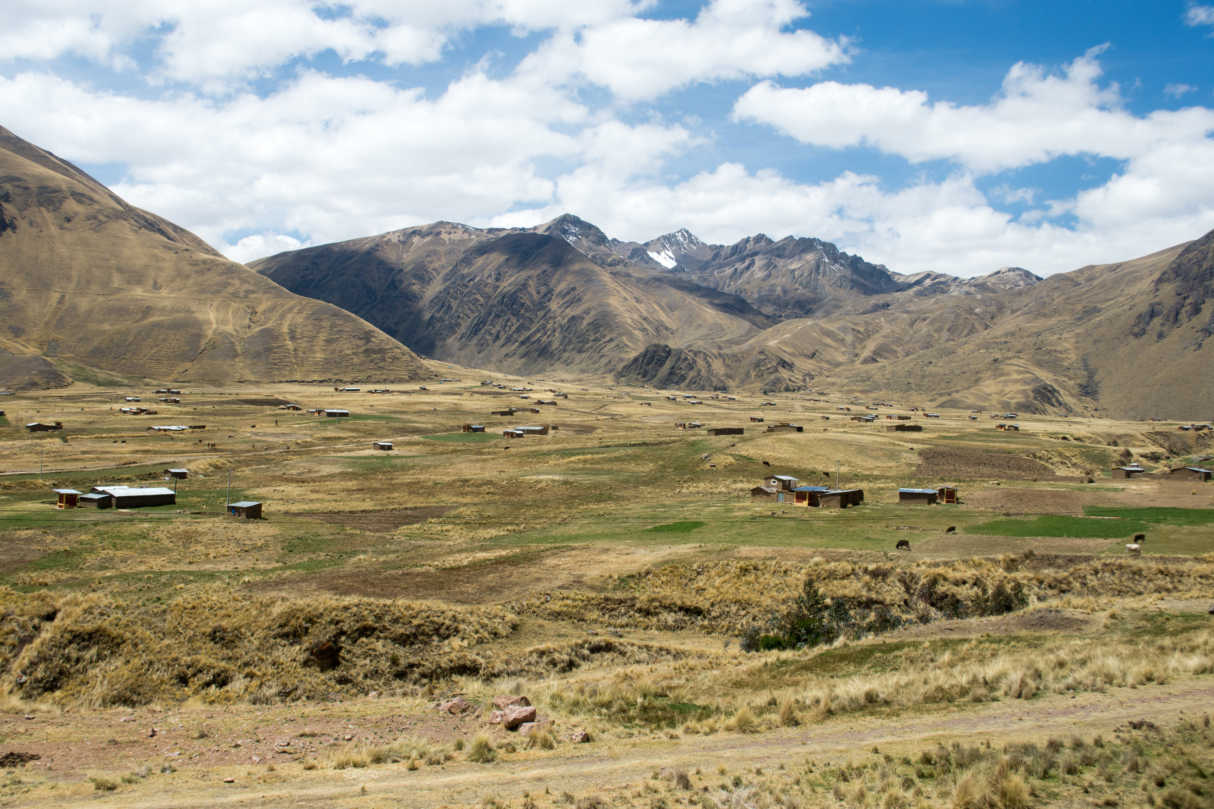 Andean Mountains on Luxury Perurail Lake Titicaca Train