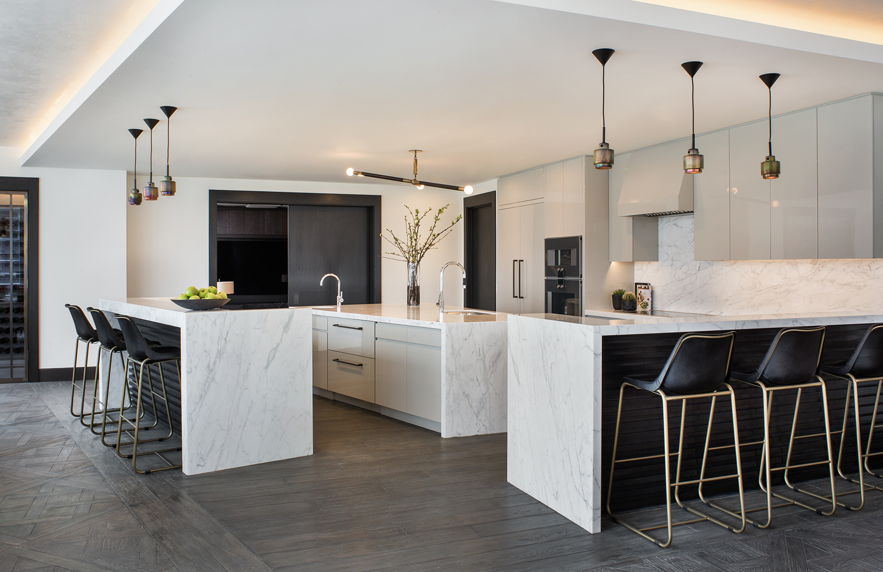 SFADesign_Griffith_MeghanBobPhoto_Kitchen_V2_WEB.jpg