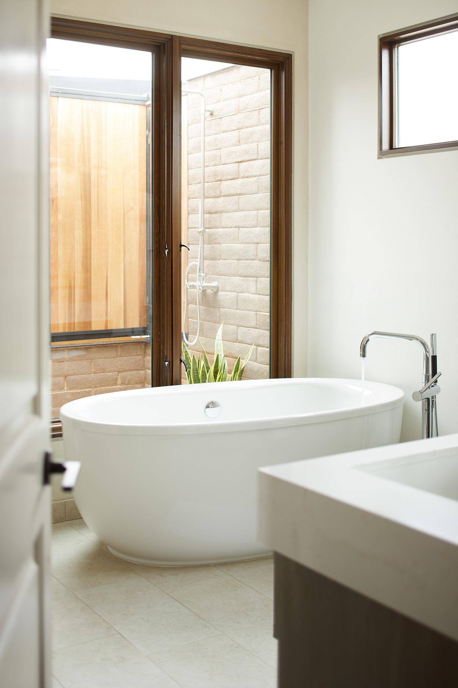 180214_Retreat942_bathroom_444.jpg