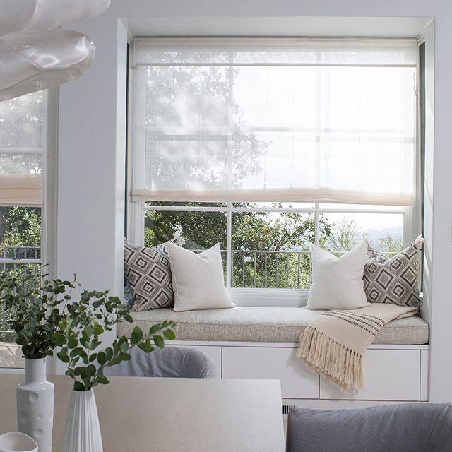 Charming window seat vignette for this Montecito vacation home ( featured on @deringhall ). #interiordesign #interiordecor #luxury #luxuryinteriors #residentialdesign #montecito
