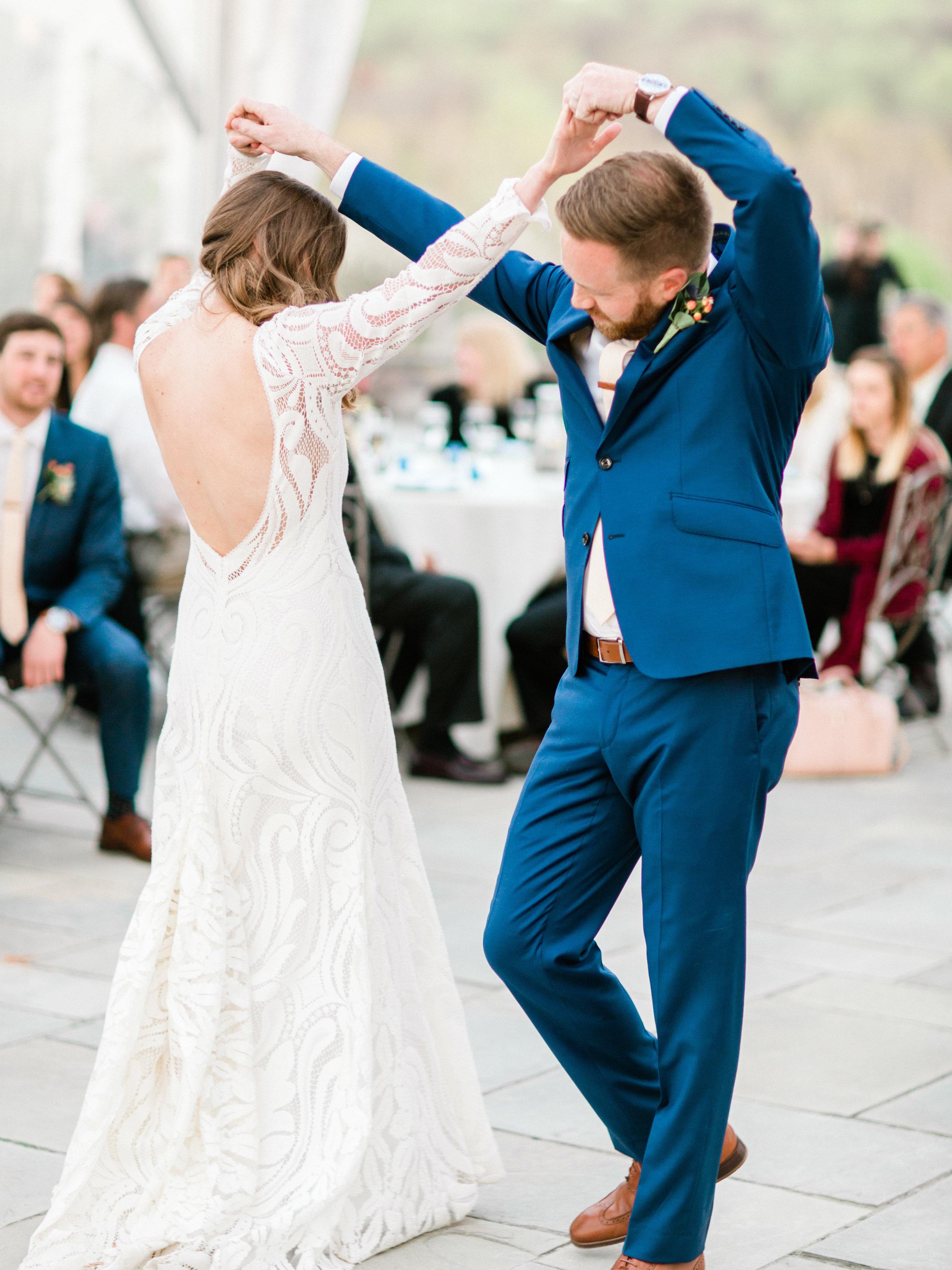 Market-Grelen-Somerset-Virginia-Wedding-Photographer-849.jpg