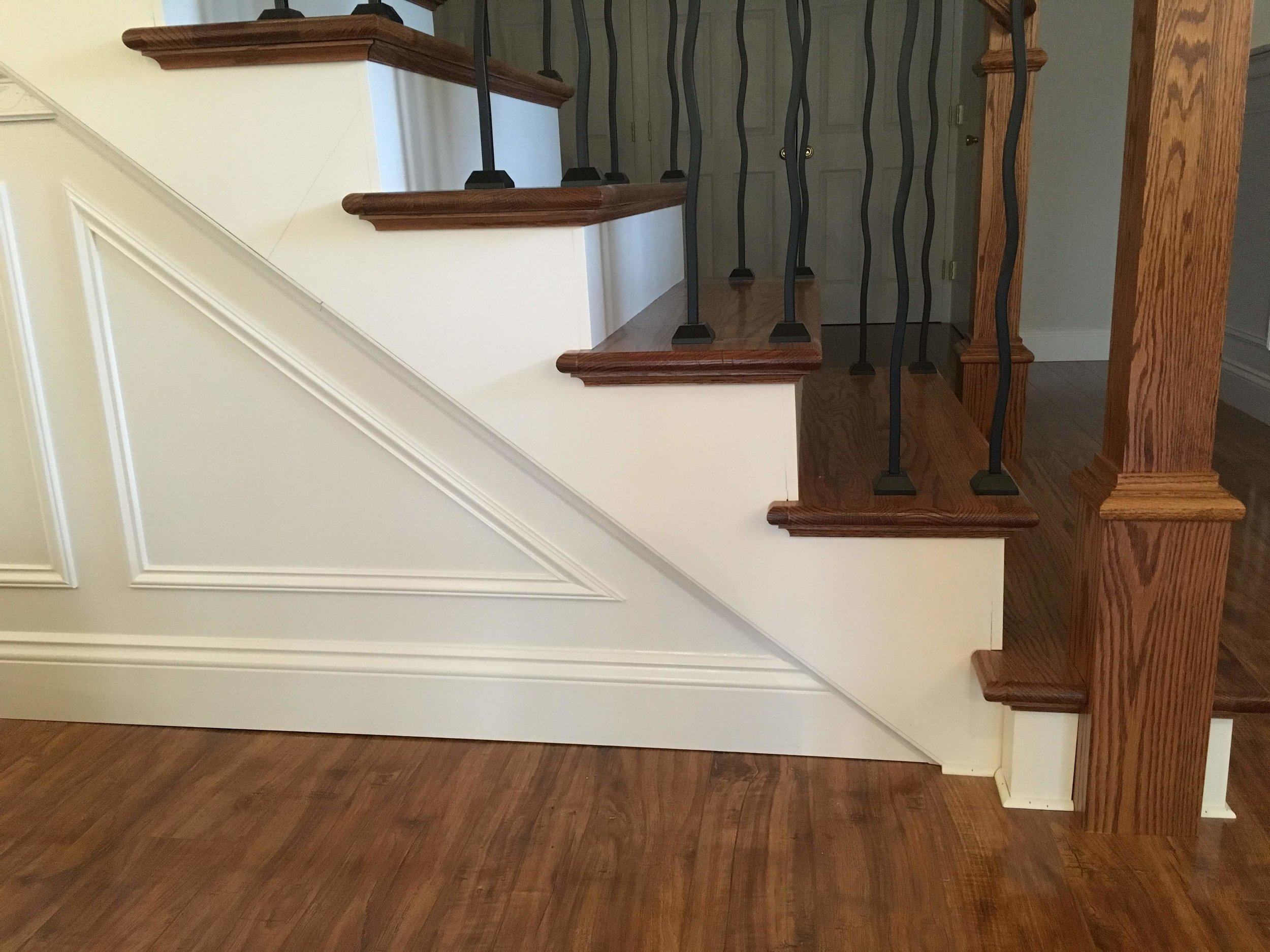 """- """"Dan was pleasant, detailed, and so wonderful to work with. We had our whole house painted and the attention to detail was exceptional. We cannot say enough about how positive our experience was, and would recommend Dan and his team to anyone and everyone.""""— Hannah L. (Waterbury Center, VT)"""