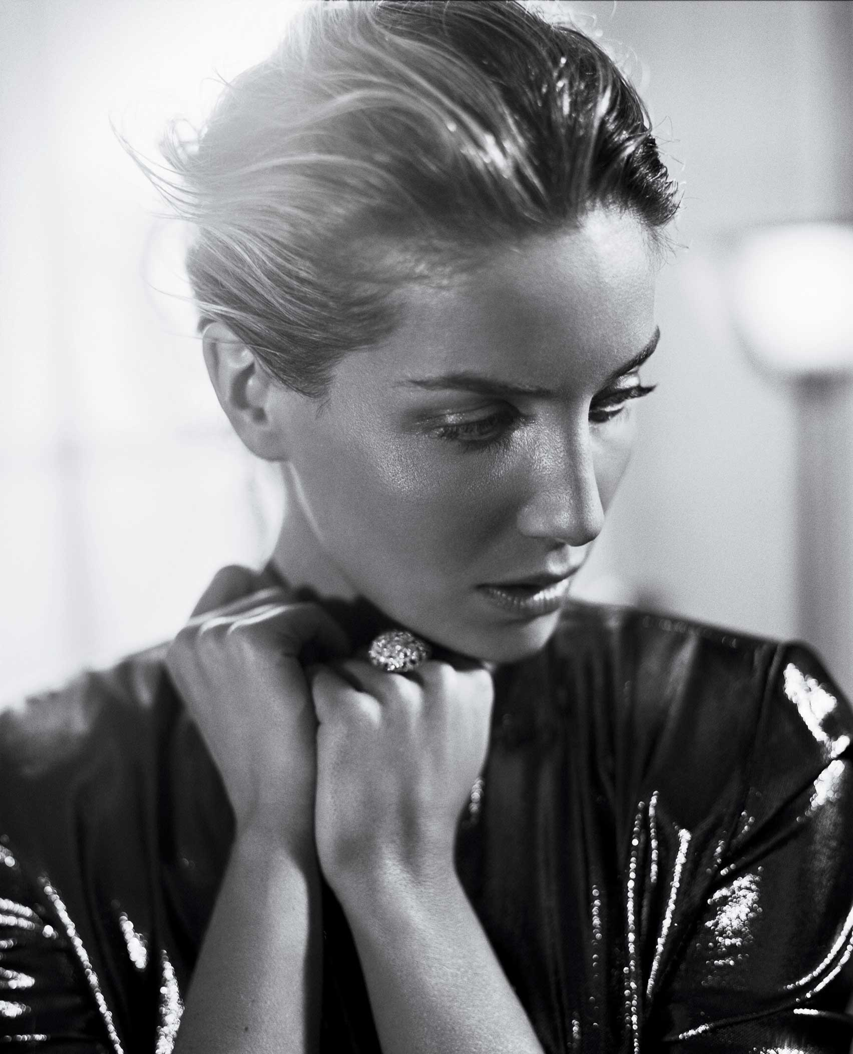ANNABELLE WALLIS by Vincent Peters