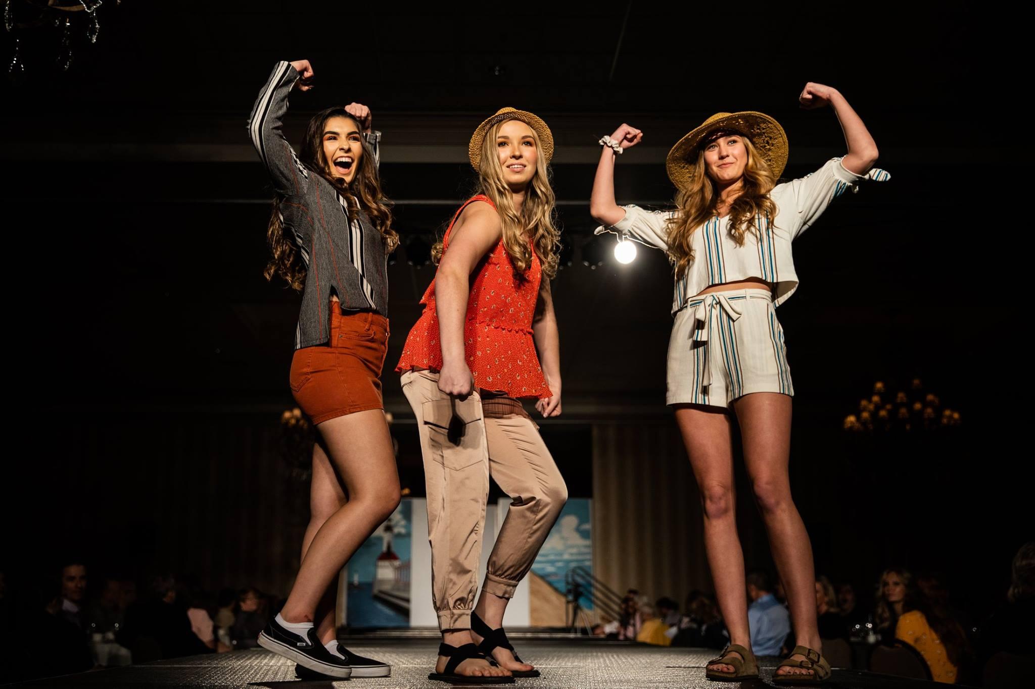 Lutheran_North_High_School_Macomb_Michigan_LHN_Fashion_Show_2019 (8).jpg