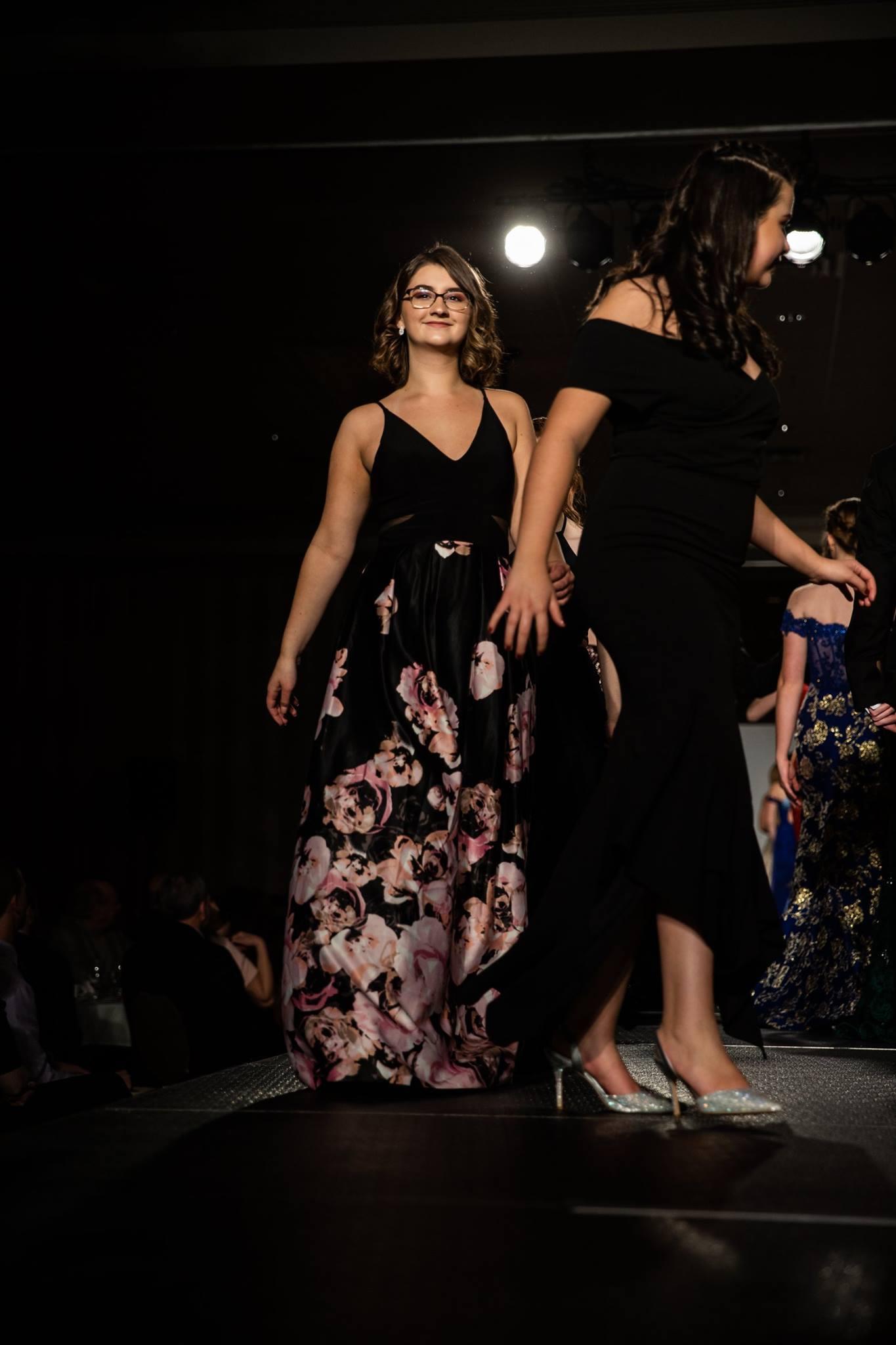 Lutheran_North_High_School_Macomb_Michigan_LHN_Fashion_Show_2019_Seniors (43).jpg