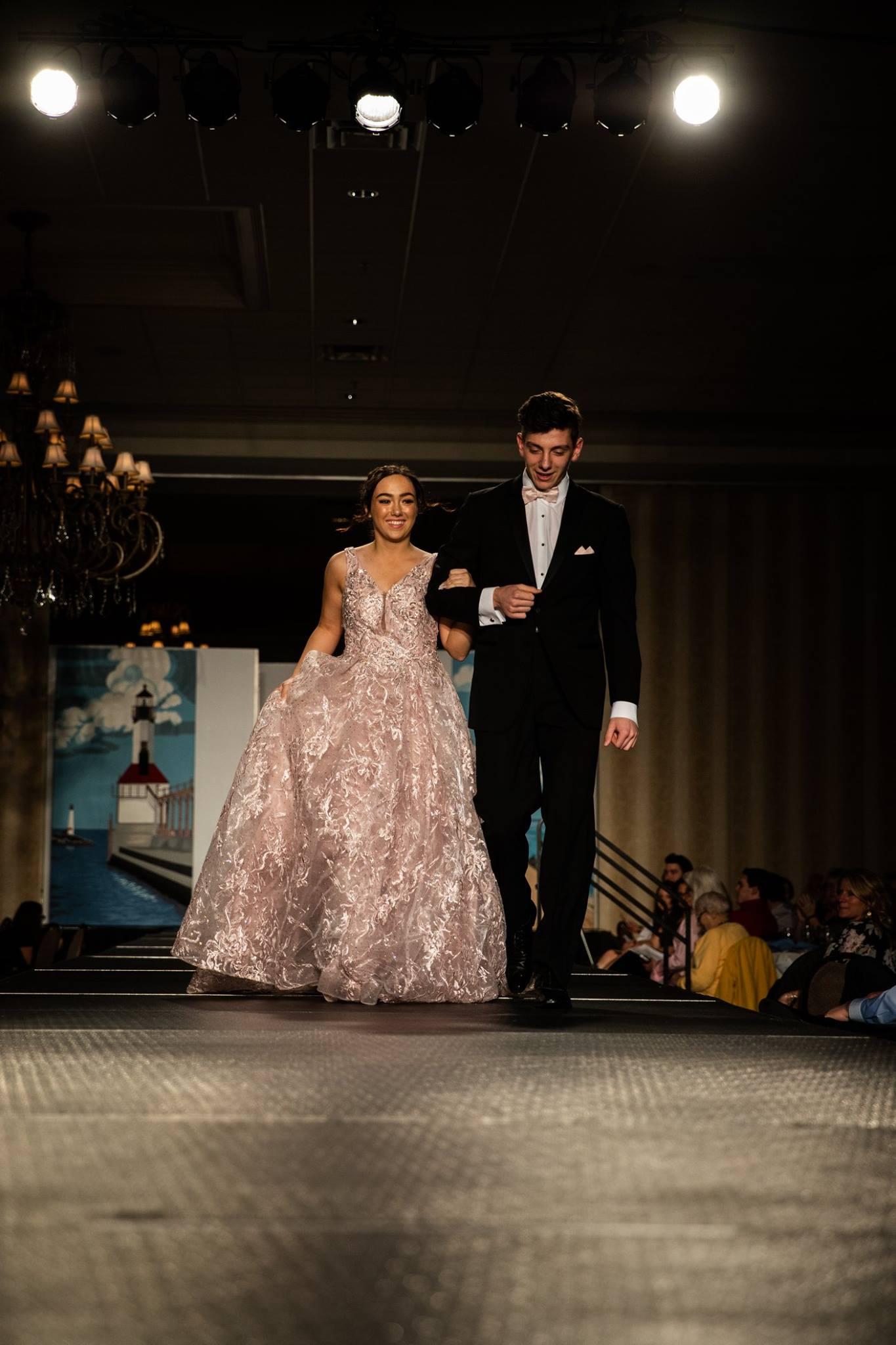 Lutheran_North_High_School_Macomb_Michigan_LHN_Fashion_Show_2019_Seniors (45).jpg