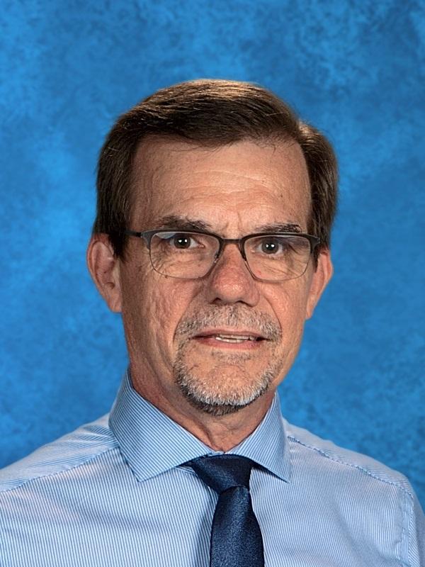 Mr. Charles Wolf - Lutheran North Chemistry Teacher 44 years