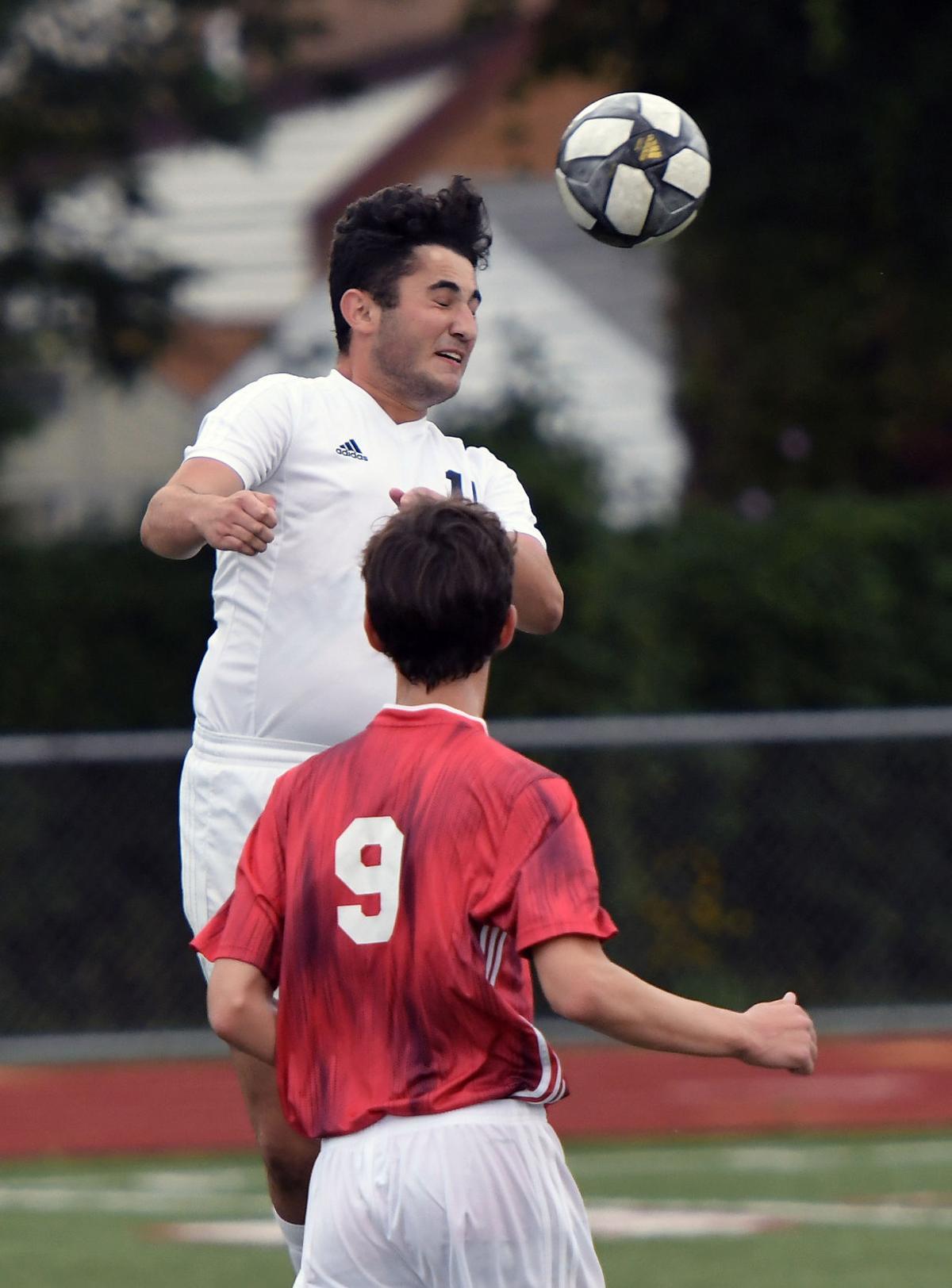 Lutheran_North_Soccer (7).jpg