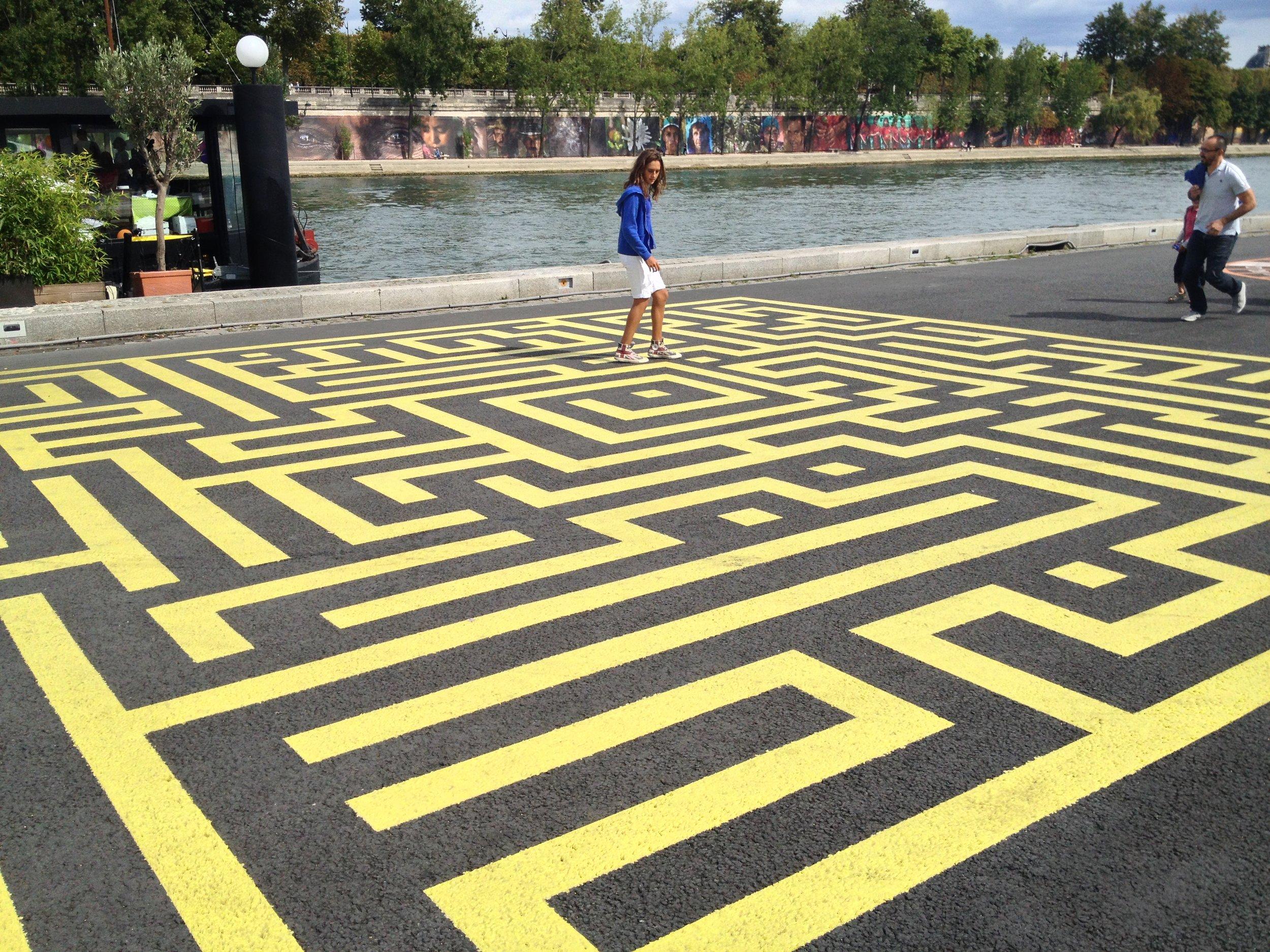 Paris Street Maze.JPG