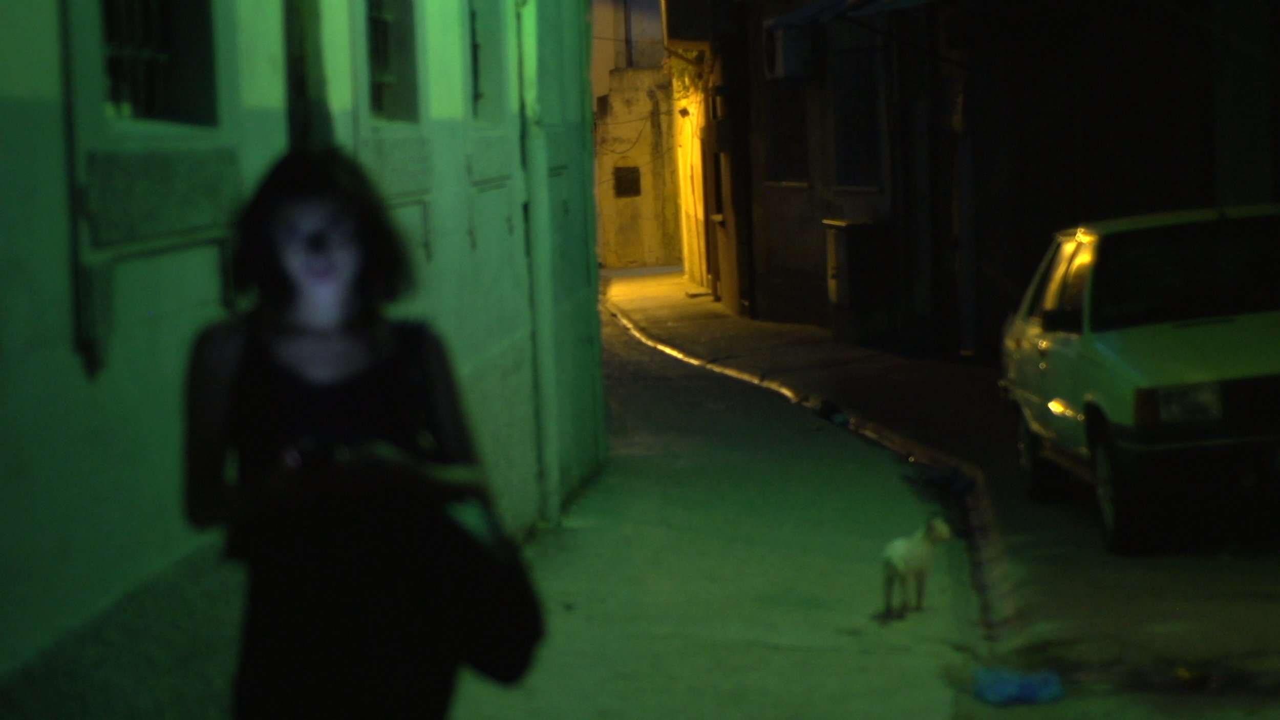 silhouette dans ruelle.jpg