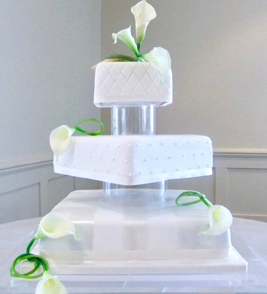 Improve your cake decorating Yours Truly Althea Milton, Ontario
