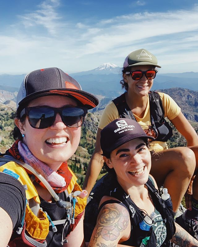 Summit Sisters🤣😂Climb more mountains🏔 run more trails🏃🏽♀️. Mt. Margaret Backcountry. #girlswhoclimb #summitsisters @earth_crosser @omega.mut