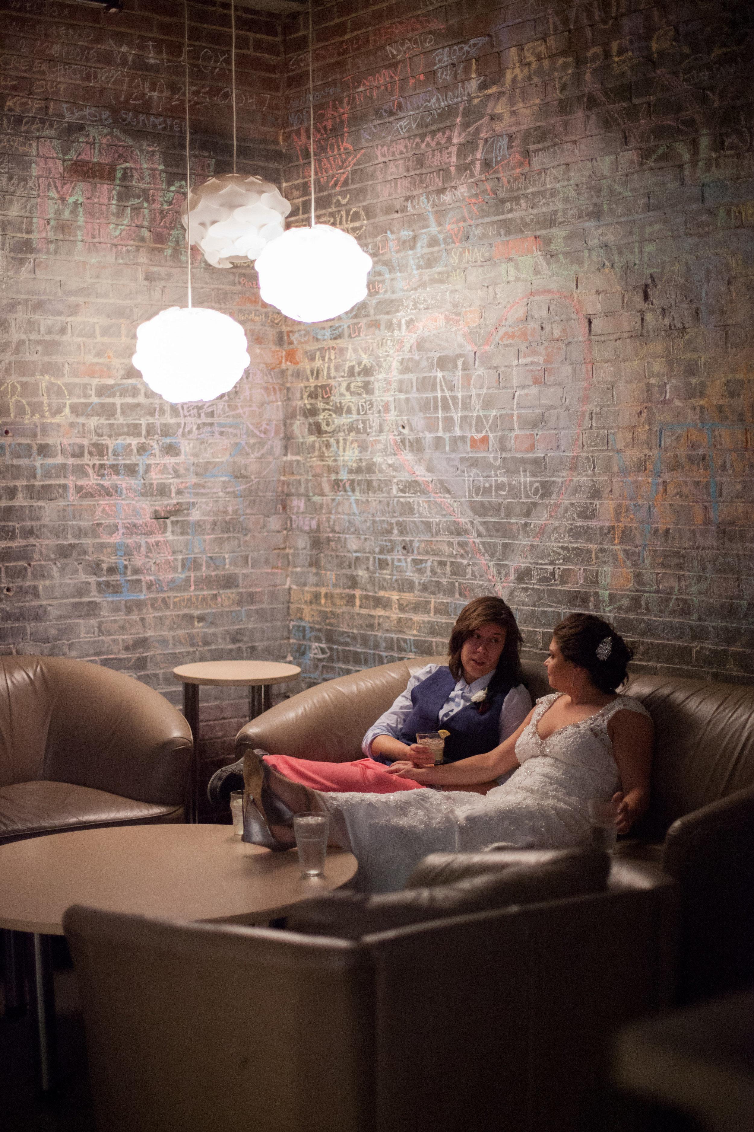 Great-Room_brides-in-back-bar.jpg
