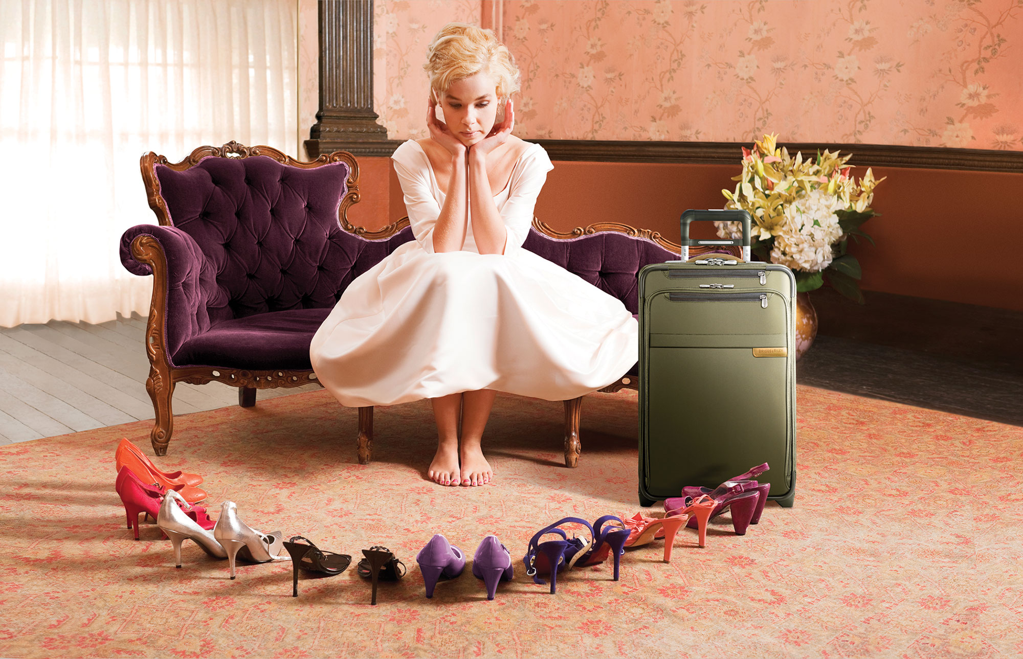 WomenWithShoes_Canvass_v3_Extended_briggs_and_riley_luggage.jpg