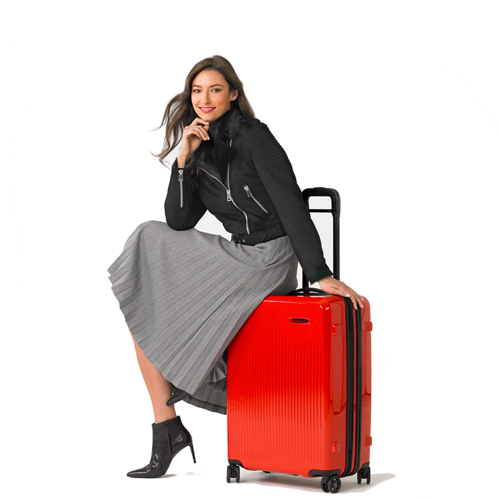 four_wheel_spinner_suitcase_briggs_and_riley_shop_luggage2.jpg