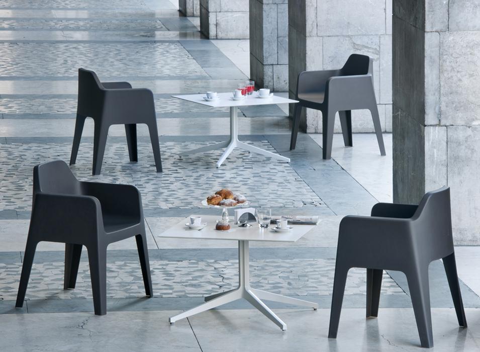 PLUS-6 seating tables hospitality.jpg