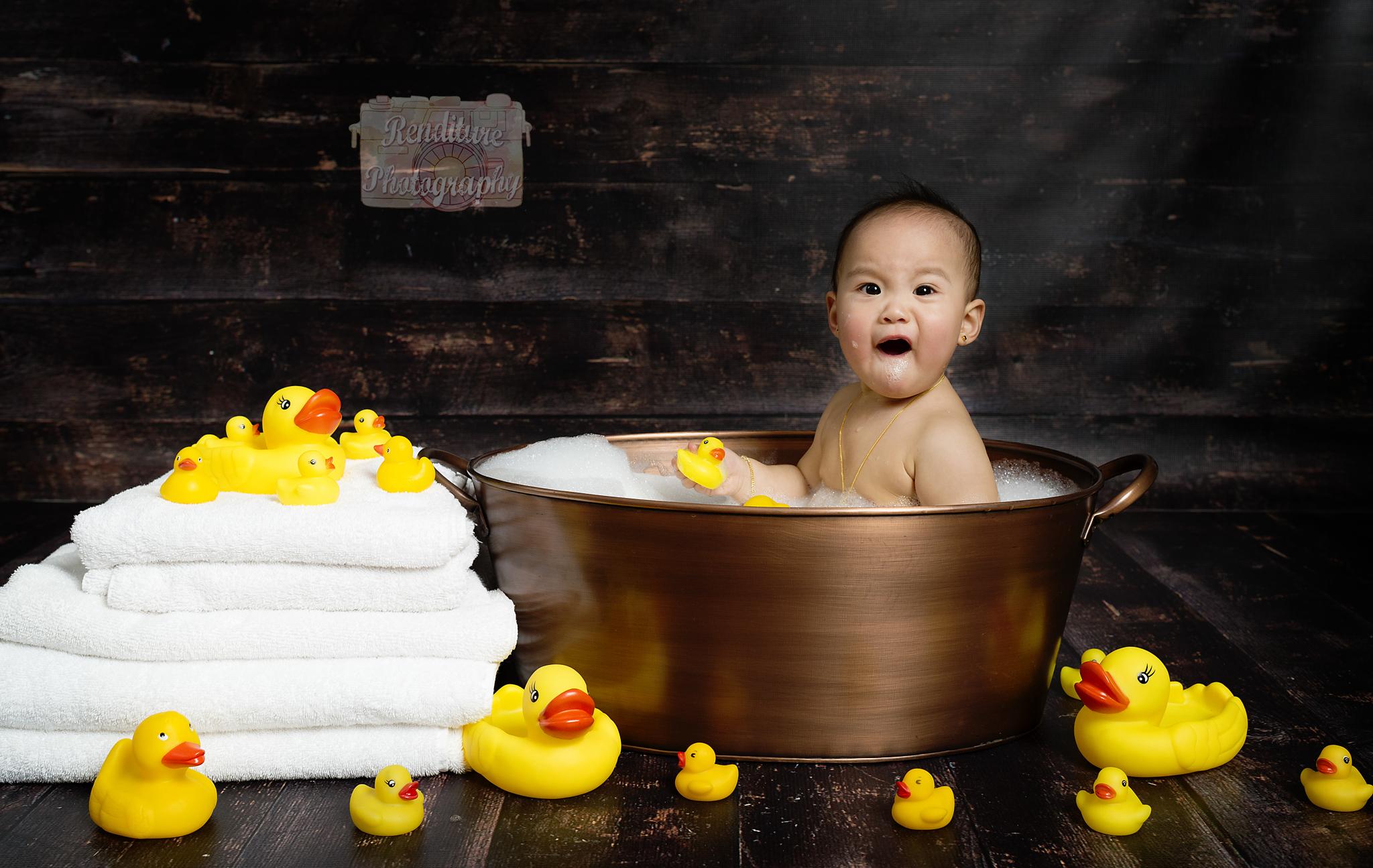 Saskatoon-Cakesmash-Family-Renditure-Mini-Session-Photography-Photographer-Maternity-Pregnancy-Saskatchewan-503FBR.jpg