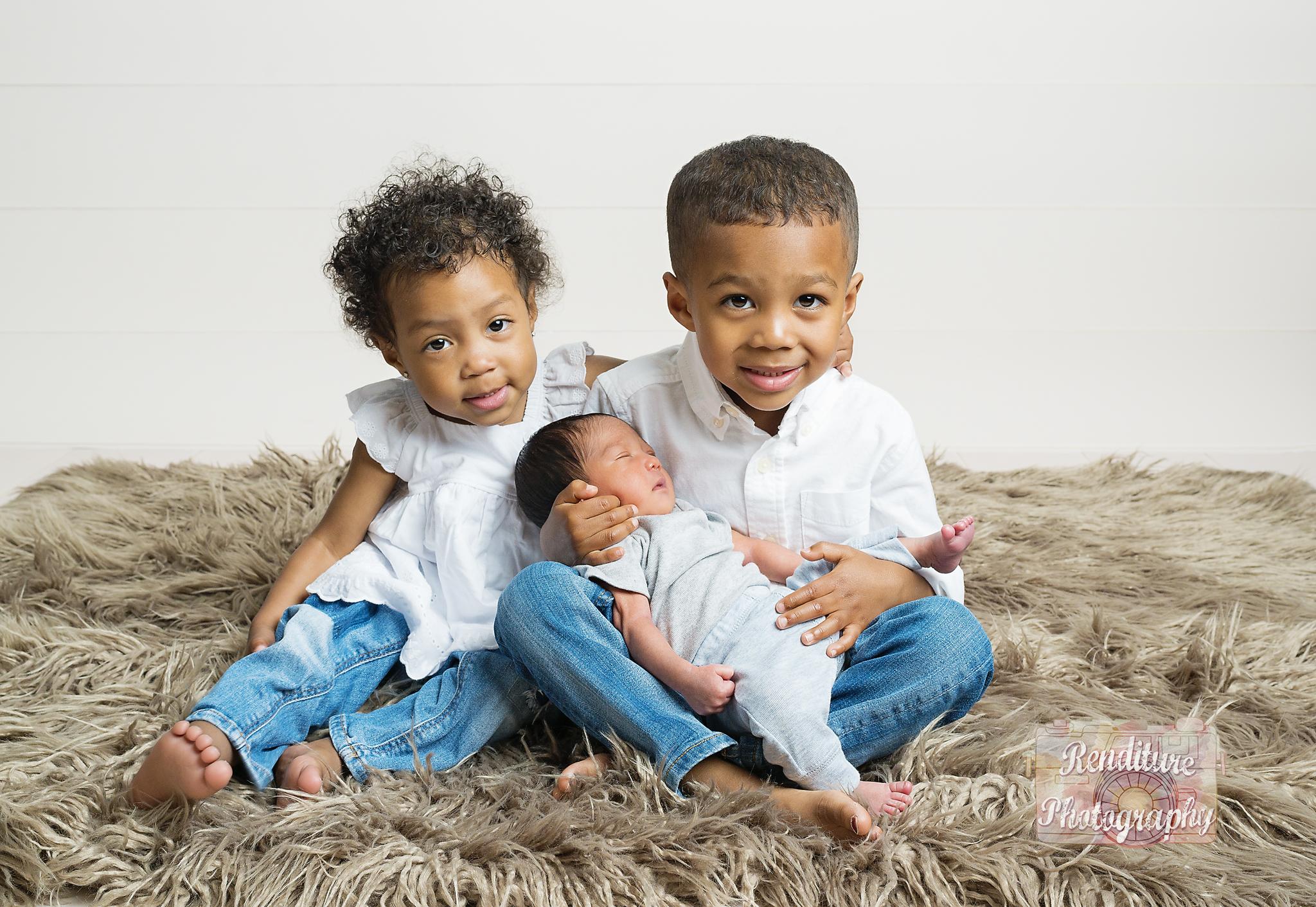 Saskatoon-Newborn-Family-Renditure-Baby-Photography-Photographer-Maternity-Pregnancy-Saskatchewan-389 FBR.jpg