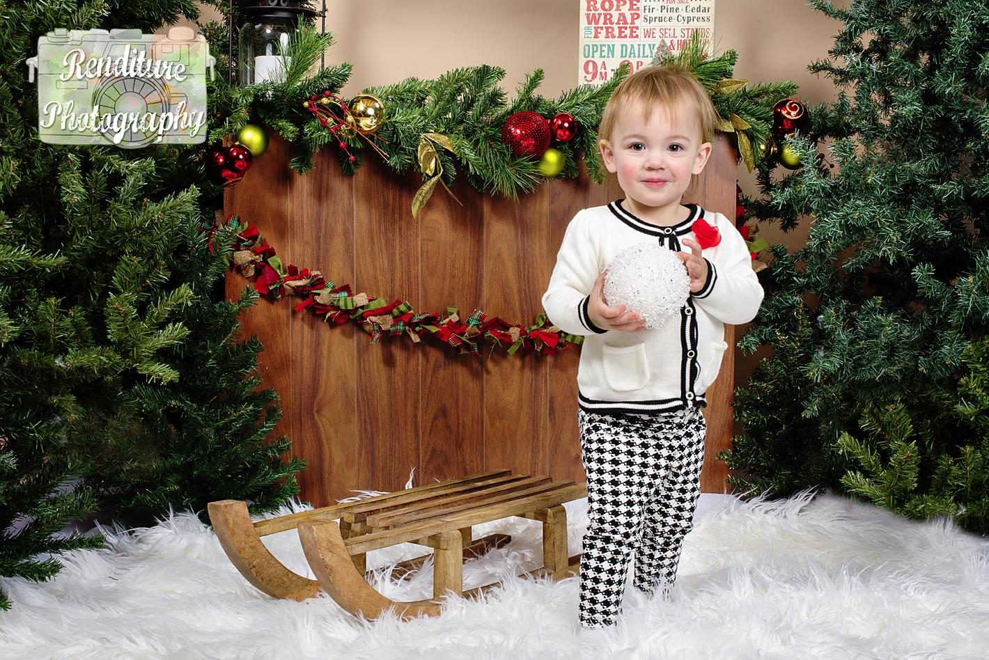 Saskatoon-Newborn-Family-Renditure-Baby-Photography-Photographer-Maternity-Pregnancy-Saskatchewan-134mFBR.png