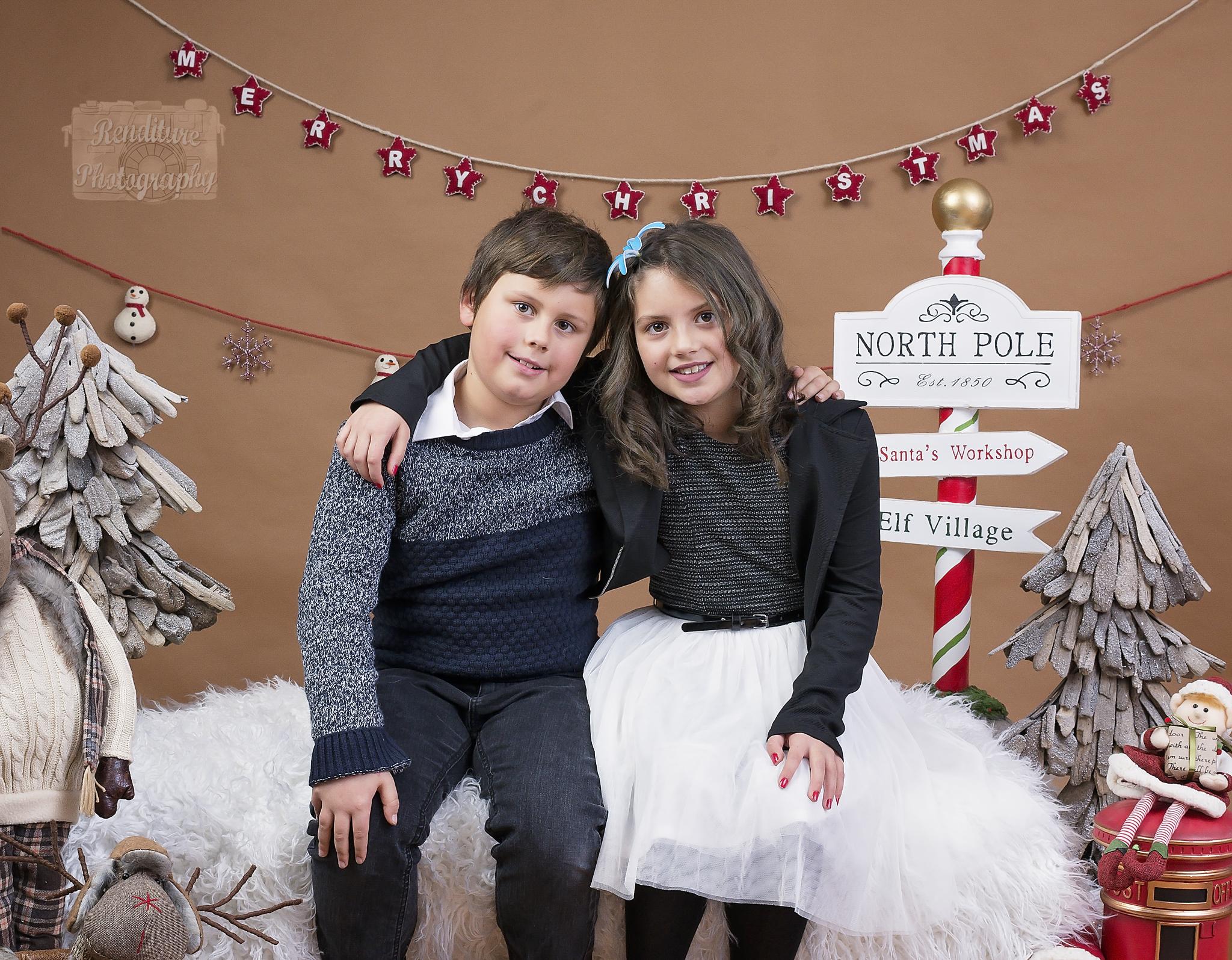 Saskatoon-Newborn-Family-Renditure-Mini-Session-Photography-Photographer-Christmas-Holiday-Saskatchewan-479 FBR.jpg