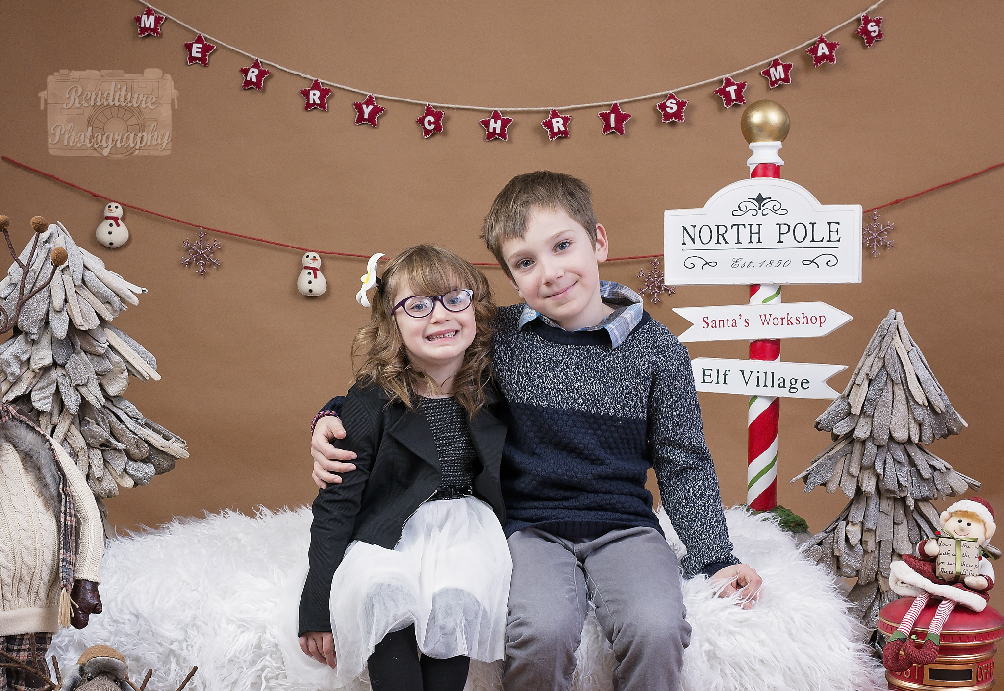 Saskatoon-Newborn-Family-Renditure-Mini-Session-Photography-Photographer-Christmas-Holiday-Saskatchewan-480FBR.jpg