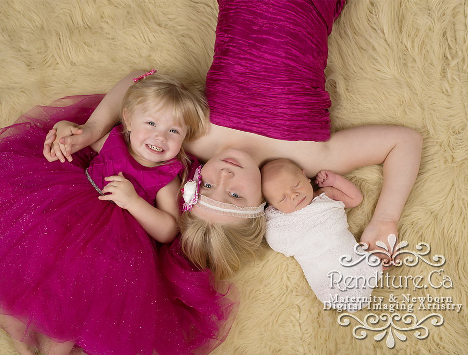 Saskatoon-Newborn-Family-Renditure-Baby-Photography-Photographer-Maternity-Pregnancy-Saskatchewan-80gFBR.jpg