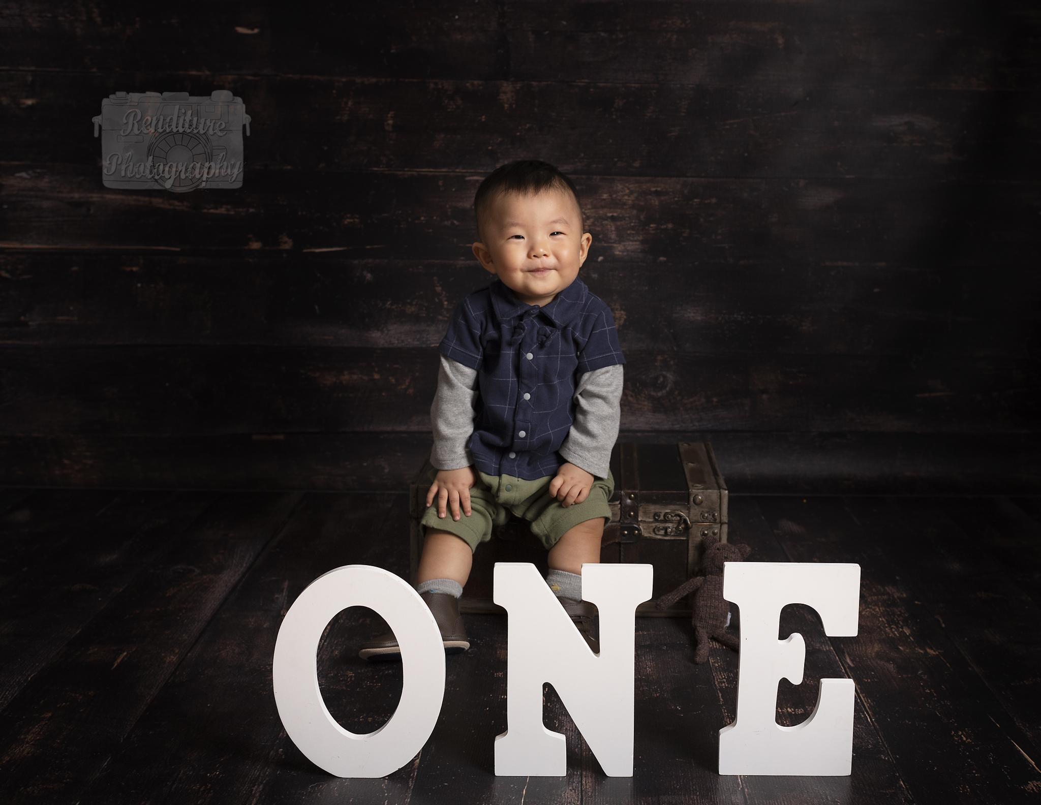 Saskatoon-Newborn-Family-Renditure-Mini-Session-Photography-Photographer-Maternity-1st Year-Cake Smash-Saskatchewan-503FBR.jpg