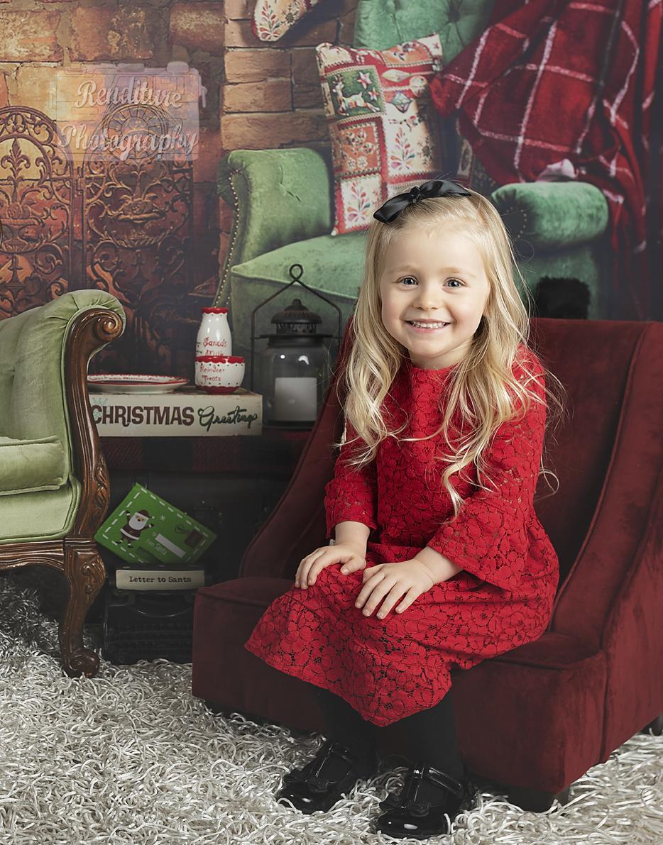 Saskatoon-Family-Renditure-Mini-Session-Photography-Photographer-Christmas-Holiday-Saskatchewan-472 FBR.jpg