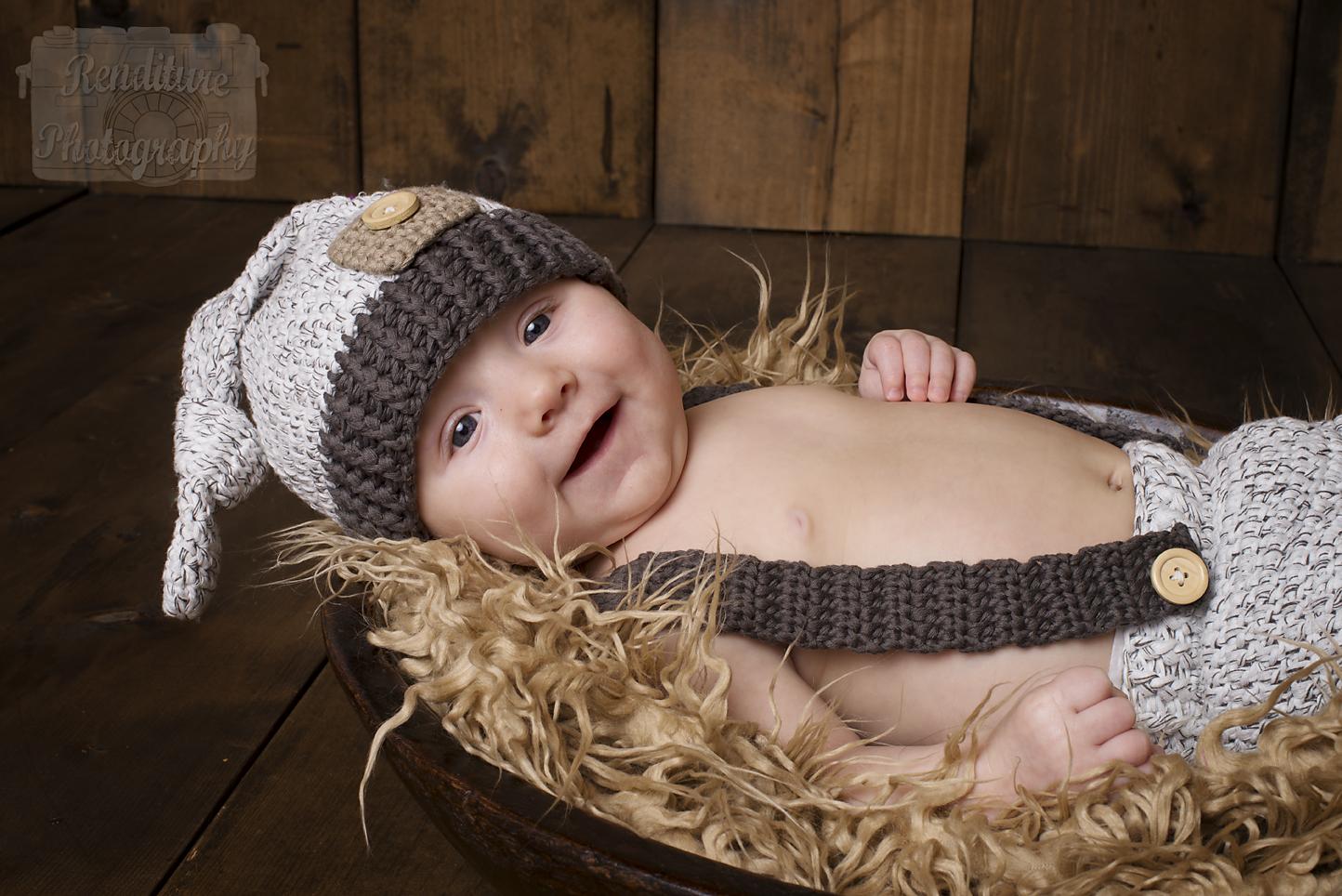 Saskatoon-Newborn-Family-Renditure-Baby-Photography-Photographer-Maternity-Pregnancy-Saskatchewan-159mFBR.png