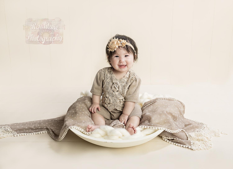 Saskatoon-Newborn-Family-Renditure-Mini-Session-Photography-Photographer-Maternity-Pregnancy-Saskatchewan-508FBR.jpg